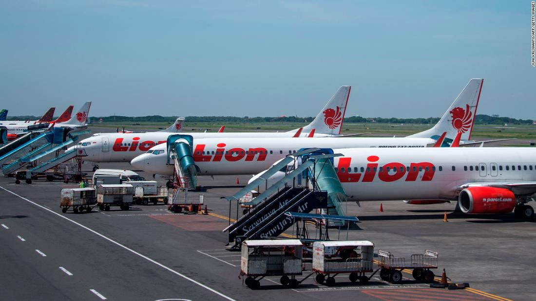 Airline restarts flights, cancels them again when passengers can't follow Covid-19 regulations