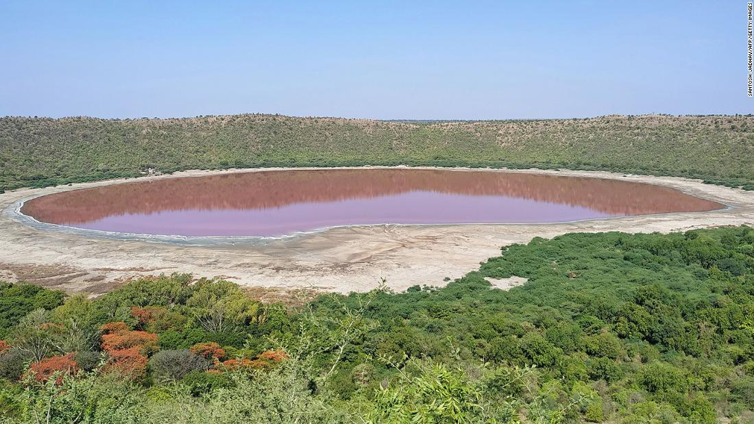 A 50,000-year old lake in India just turned pink and experts don't know exactly why